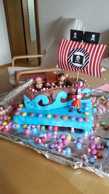 Piratenschiff Kuchen Kindergeburtstag