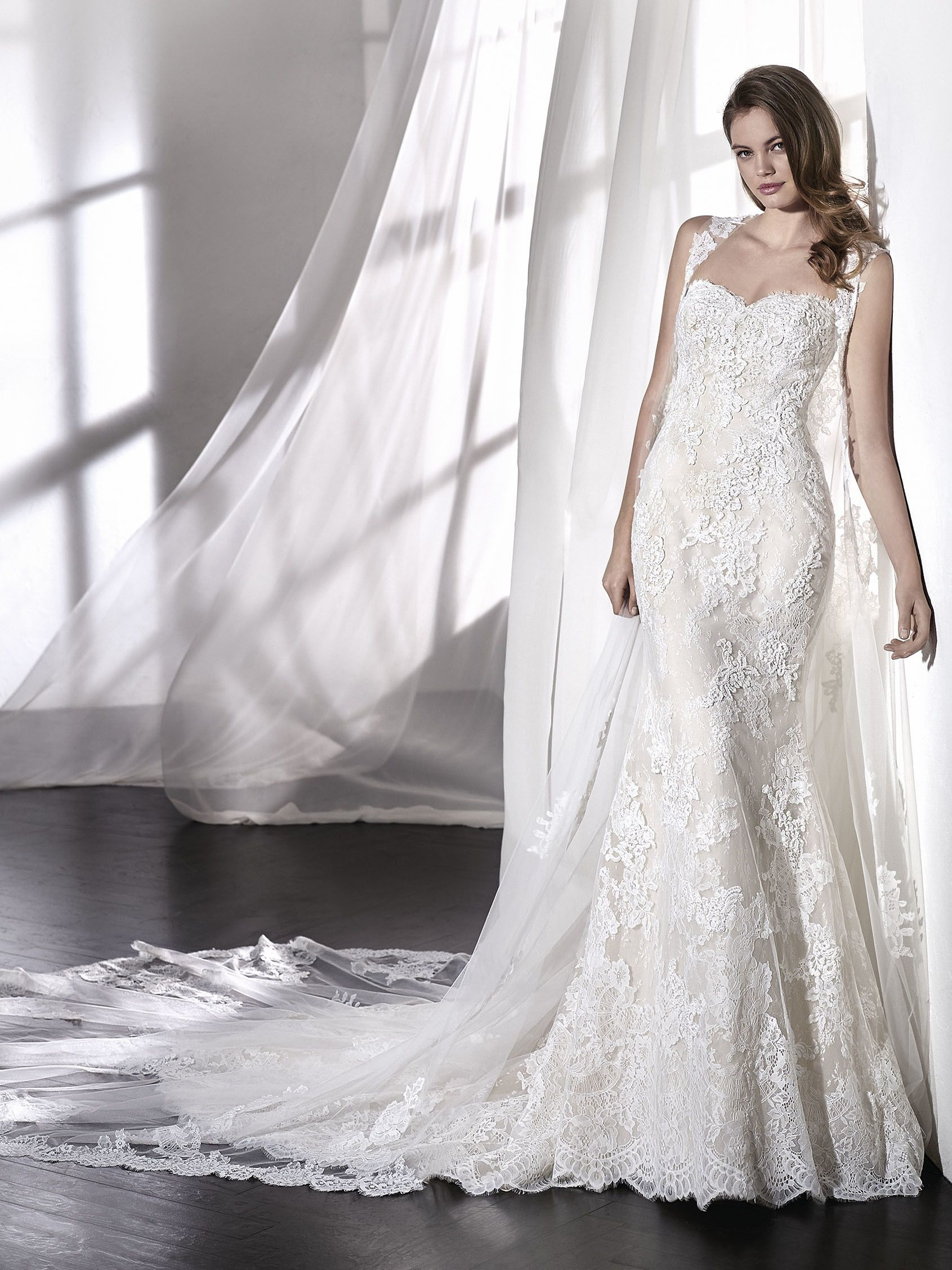 LESLEY sweetheart neckline wedding dress | k | Pinterest
