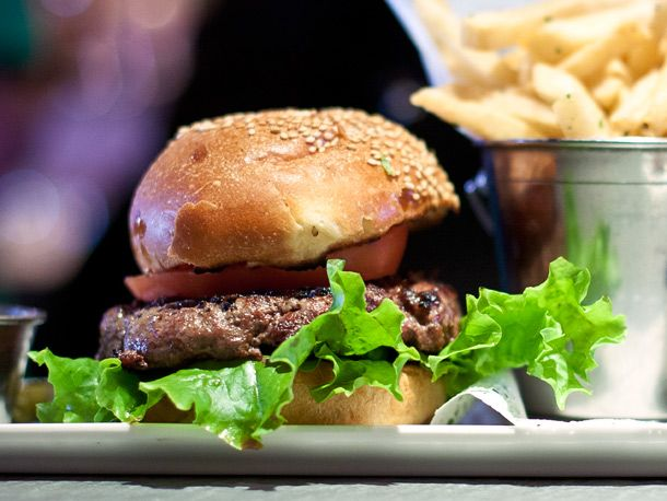 Slide Show Staff Picks Burger Places With Great Beer Serious Eats Burger Places Burger Delicious Burgers