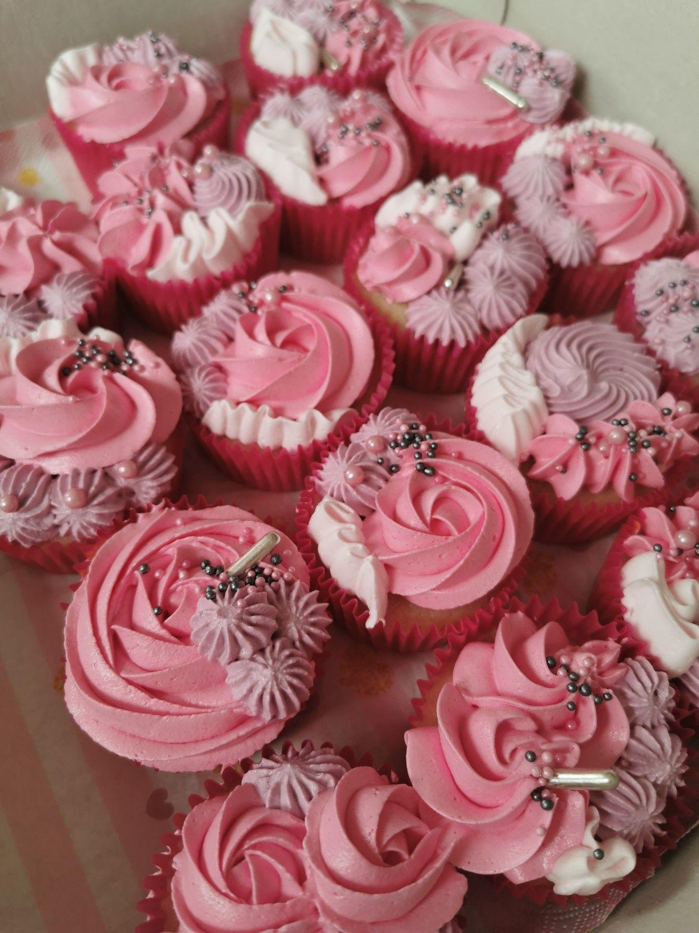 Pin By Marcia Swart On Food Cupcake Cake Designs Floral