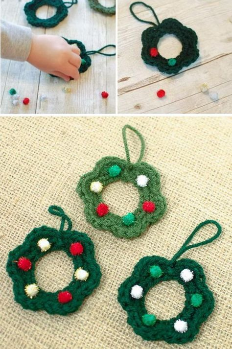 25+ Free Christmas Crochet Patterns For Beginners | Wreaths ...