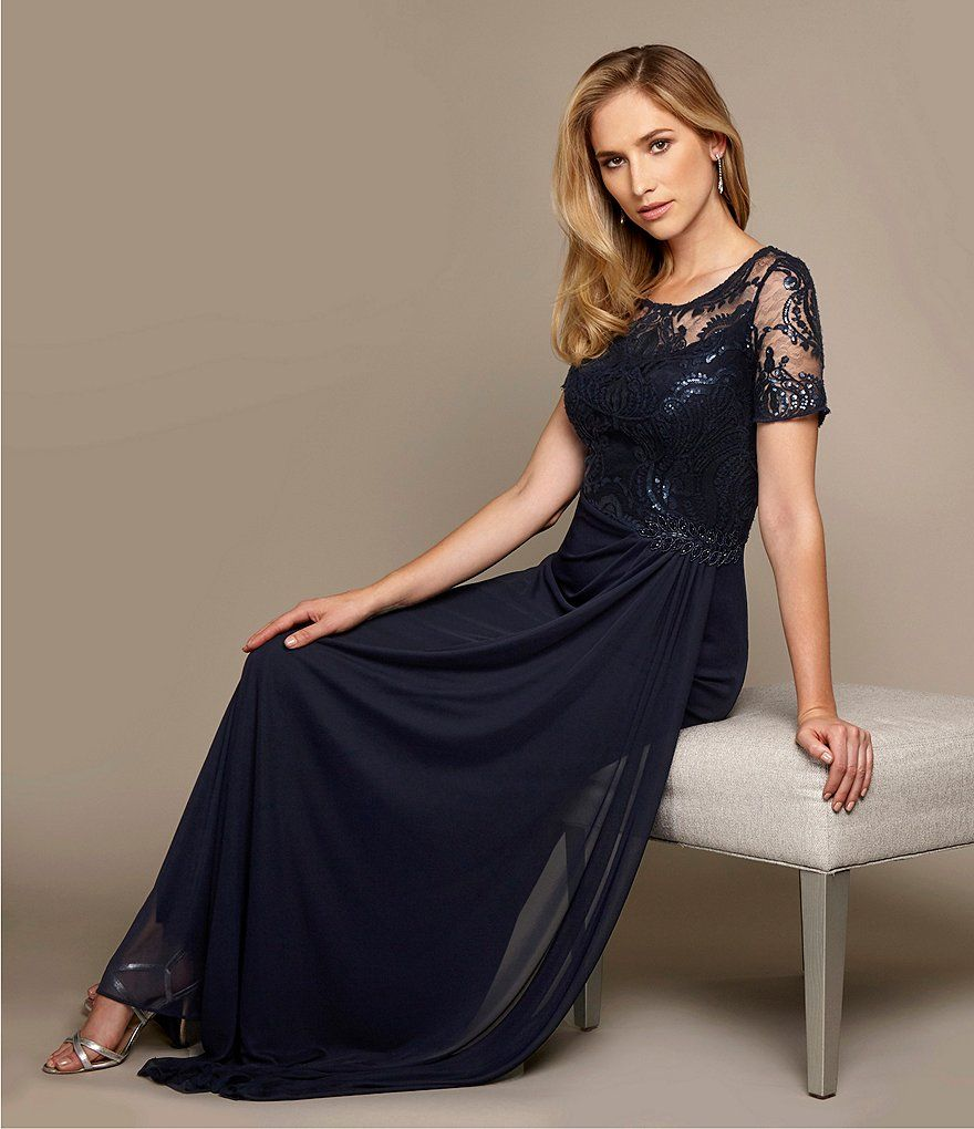 Alex evenings round neck short sleeve embroidered mesh gown