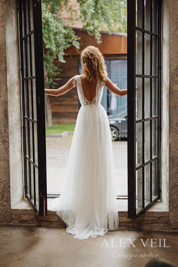 Wedding dress GWENDOLINE / Elegant wedding dress, boho wedding dress, boho chic, bohemian wedding dress, romantic open back wedding dress