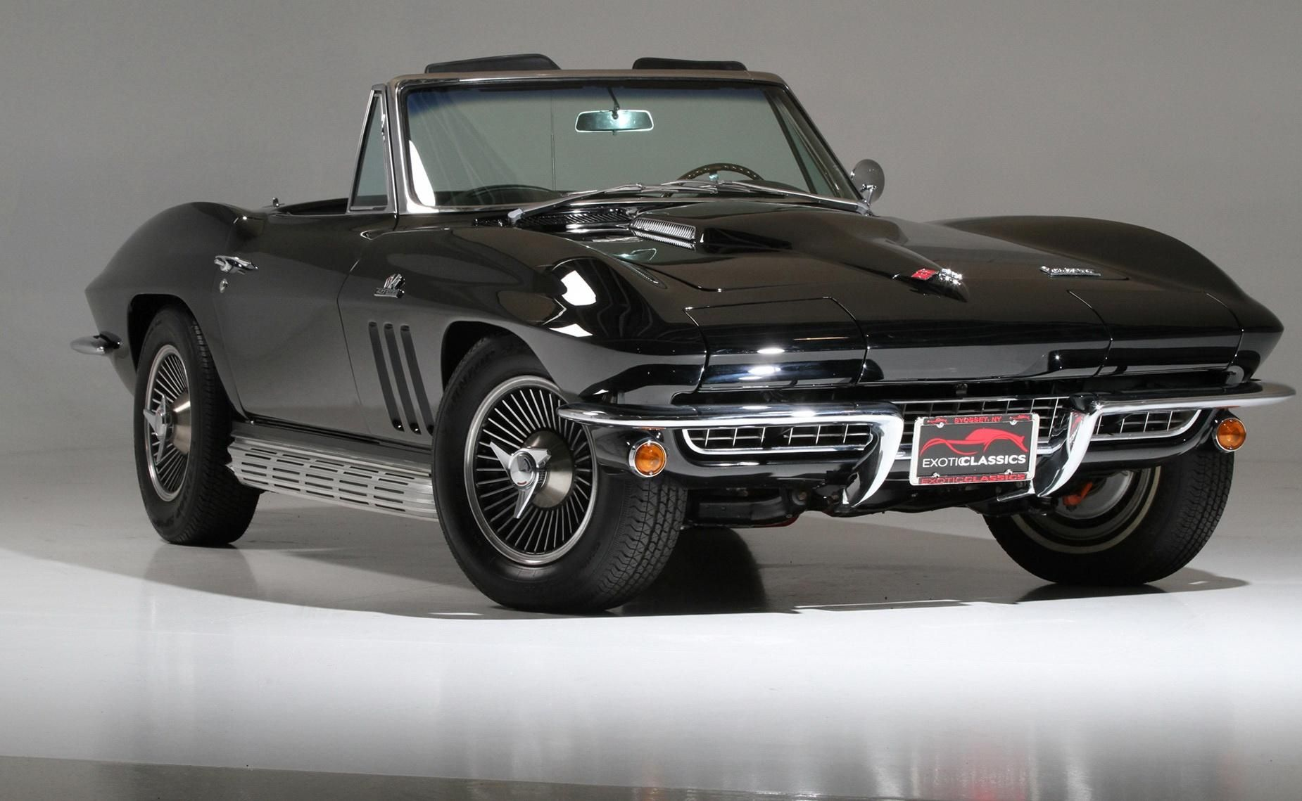 1968 chevrolet corvette convertible hardtop we had a vette like this from 74 1980 it was bright yellow we sold it for a downpayment on the hou