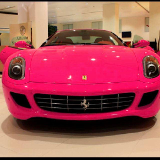 Ordinaire Bubblegum Pink FERRARI.