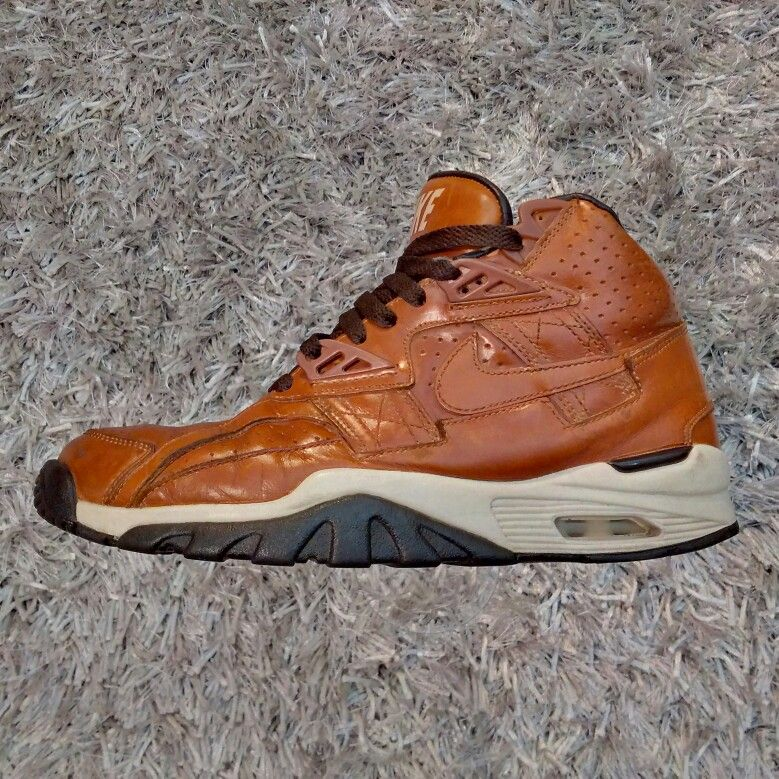 competitive price dcfcd 083e5 Nike Air Trainer SC (Curry)