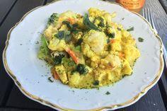 Blumenkohl in Hähnchen - Curry Soße