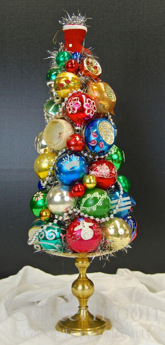 Christmas Craft Ideas 2012 Part - 25: XMAS BOOTY TOPIARY©Glittermoon Productions LLC 2012