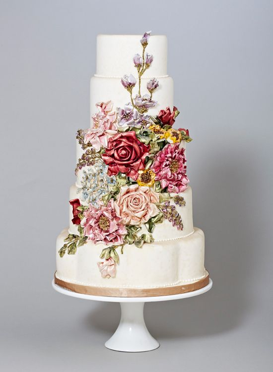 This Wedding Cake Looks Like A Fine Antique Majolica Pottery Design Just Gorgeous Prettiest