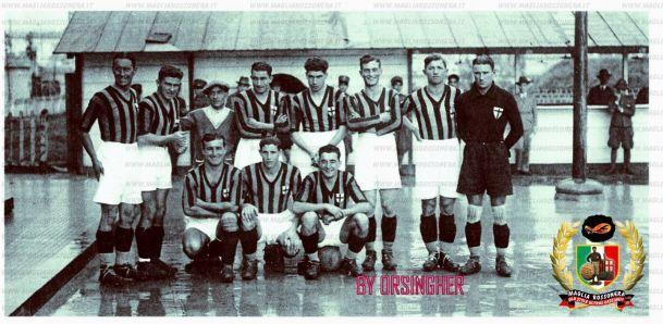 14 ottobre 1928, amichevole Napoli vs Milan 3-2: la formazione rossonera In piedi, da sinistra: Tansini, De Franceschini, Tognana (?), Santagostino, Gai, Manazza, Perversi, Carmignato. Accosciati: Schienoni, Pomi, Sgarbi.
