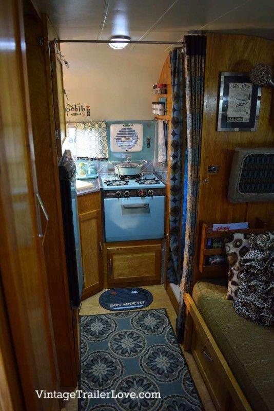 1963 silver streak sabre vintage trailer love fun vintage trailers campers rvs. Black Bedroom Furniture Sets. Home Design Ideas