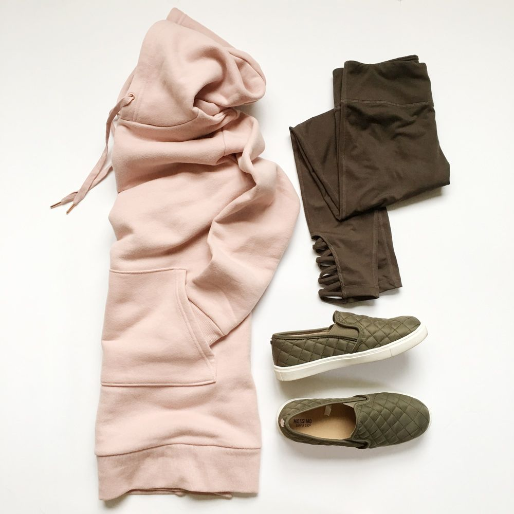 28a817f24f5 7 Cozy-Casual Outfits for Late Fall   Early Winter  casual  outfits   athleisure  outfits  fashion  clothing