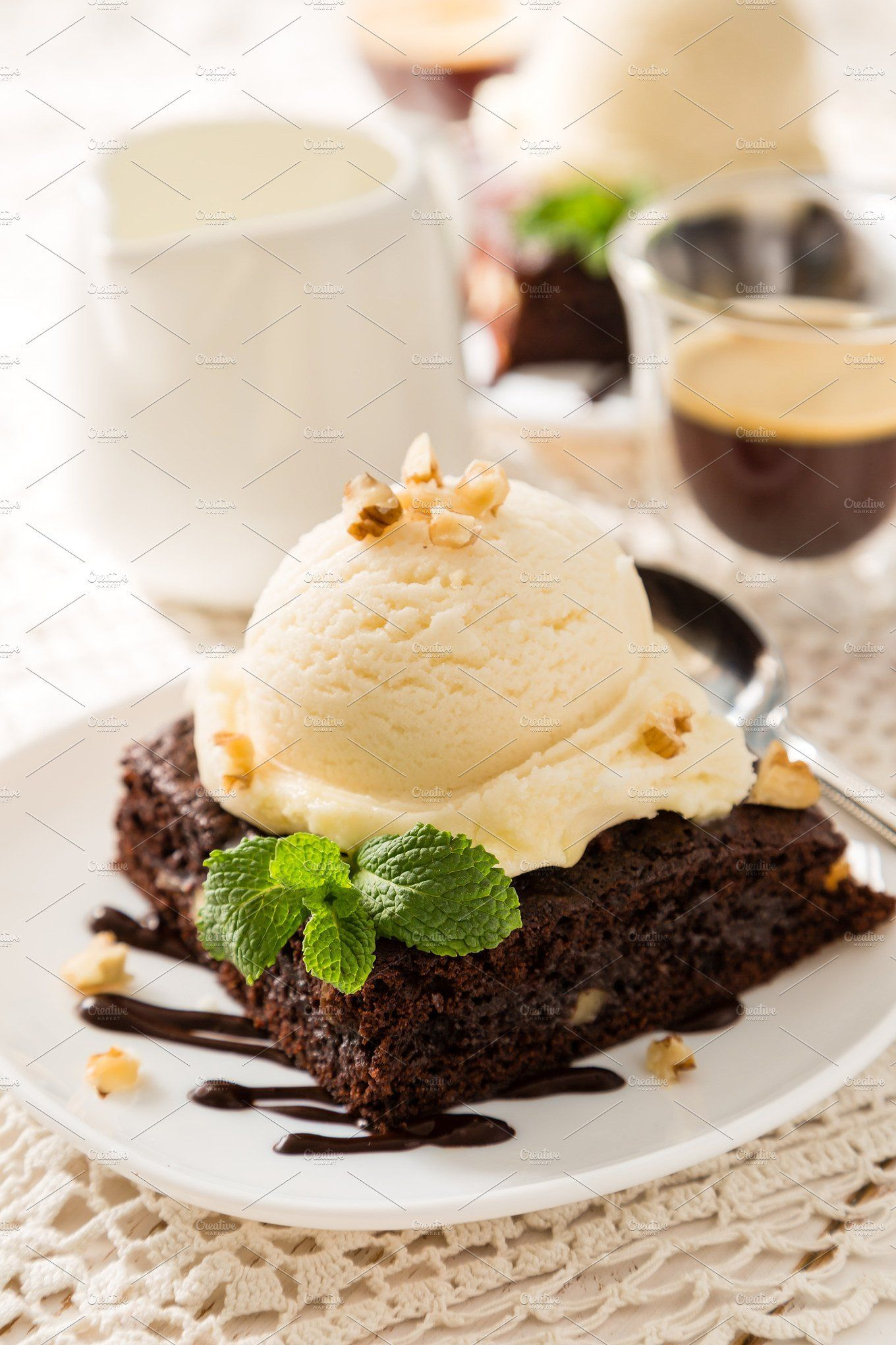 Chocolate Brownie With Vanilla Ice Cream Nuts And Mint Desserts Yummy Ice Cream Yummy Food Dessert