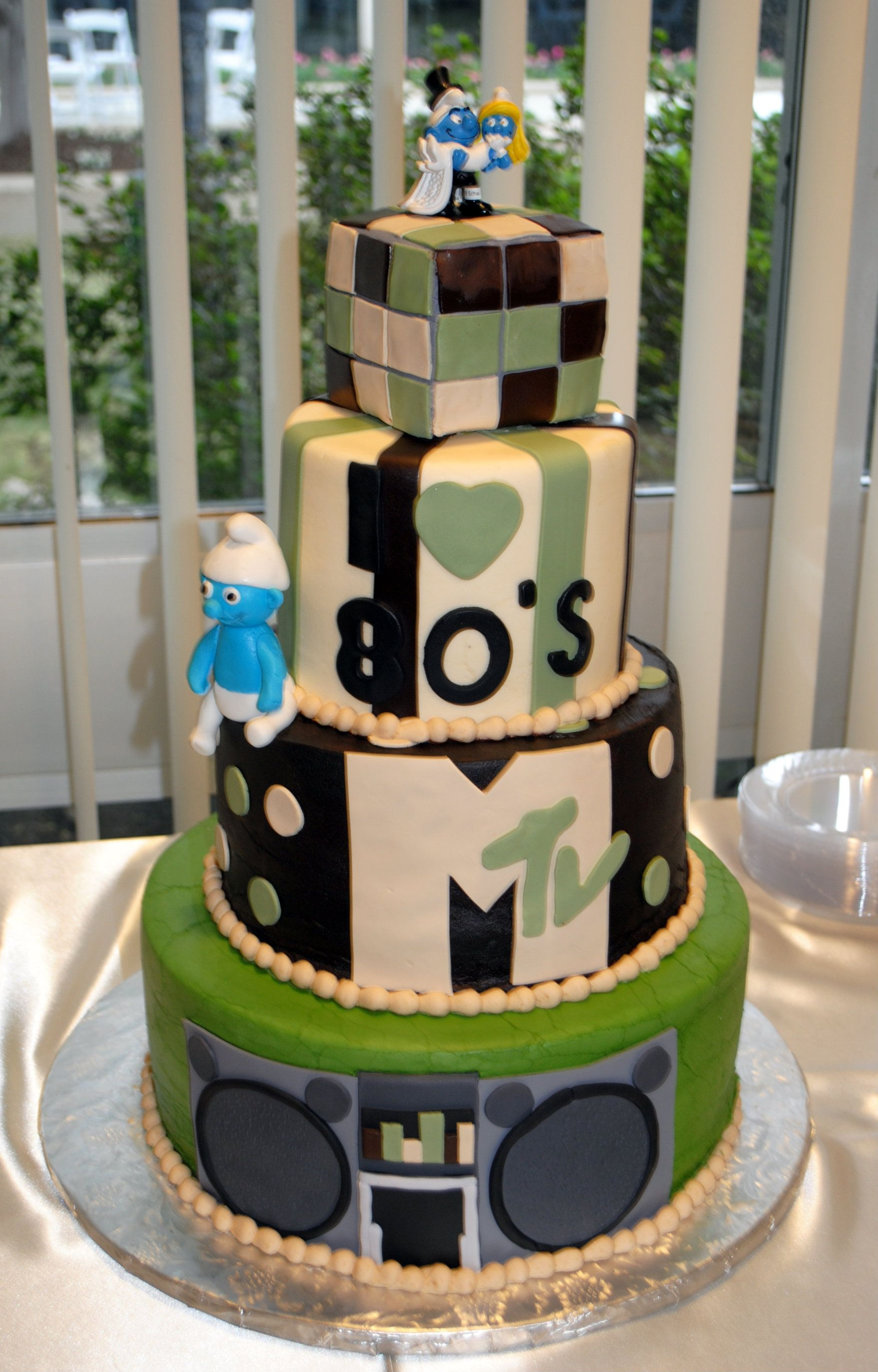 80s Theme Wedding Cake Creativecakesbymonica Custom Cakes