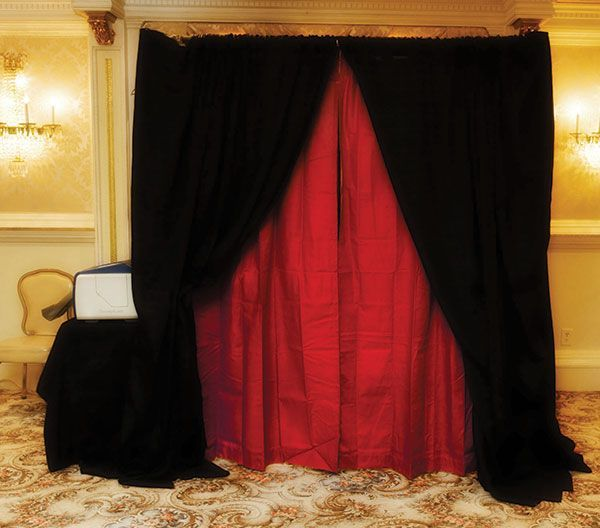 Sonal J Shah Event Consultants Llc Photo Booths Photo Booth Wedding Backdrop Simple Wedding Dress Casual