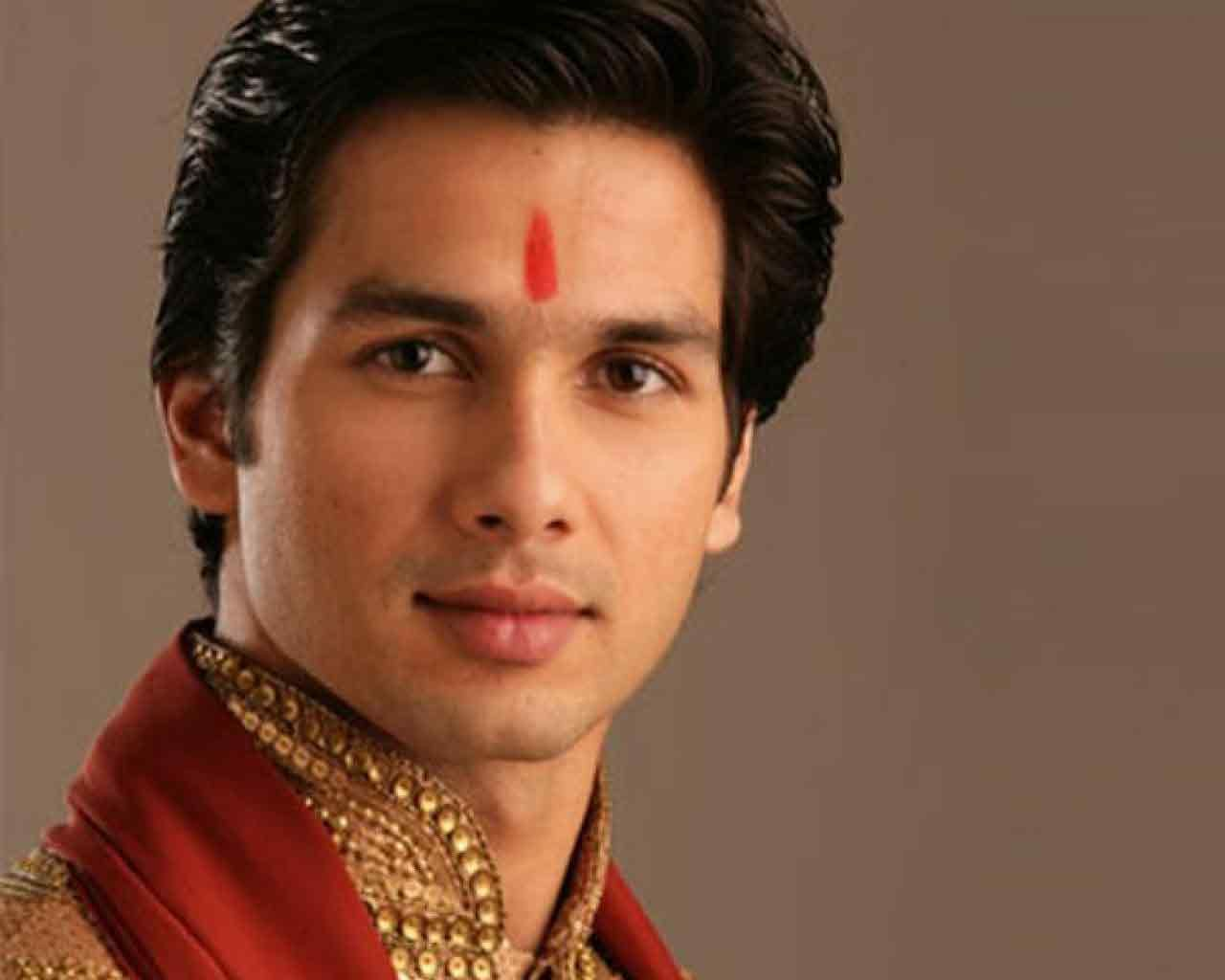 cute shahid kapoor wallpapers | shahid kapoor pics | | bollywood