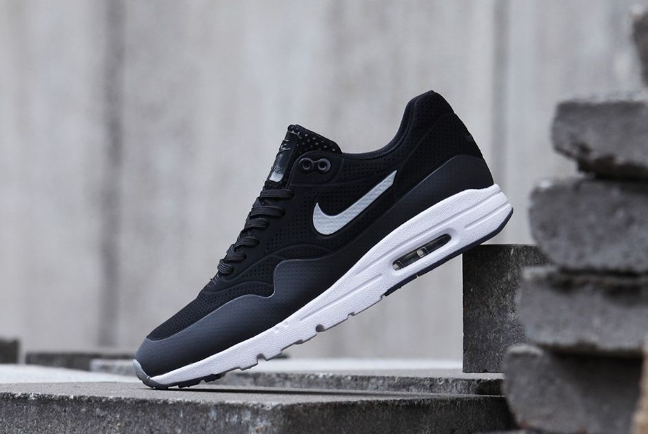 free shipping a470f 0d325 Nike Womens Air Max 1 Ultra Moire - SneakerNews.com