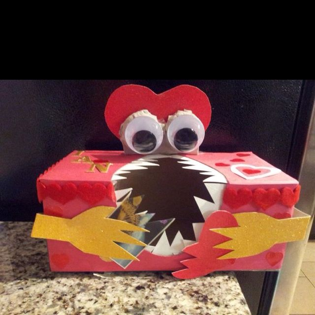 Valentine Box idea to make for his 2nd grade party this year...