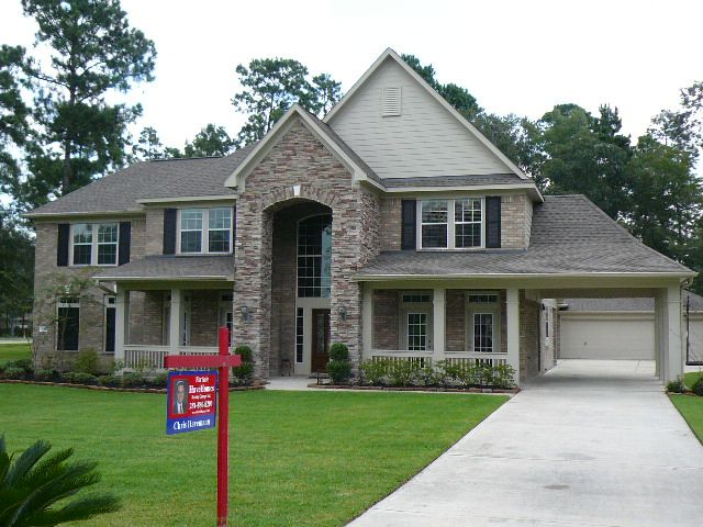 images about I Love All Brick Homes on Pinterest   Brick       images about I Love All Brick Homes on Pinterest   Brick homes  Bricks and Stones