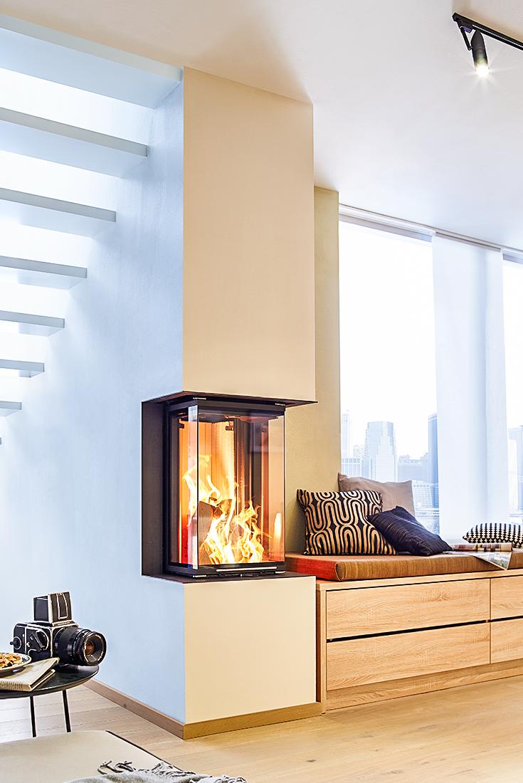 ein moderner kamin von brunner der sich perfekt seiner umgebung anpasst eine gem tliche. Black Bedroom Furniture Sets. Home Design Ideas