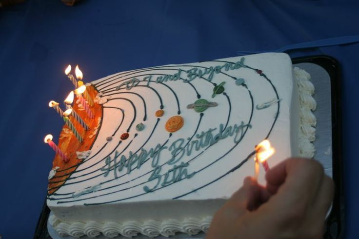 Outer Space Birthday Cakes Space Cake Cakecupcakes Pinterest