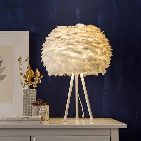 White Feather Table Lamp Modern Romantic Simple European Creative