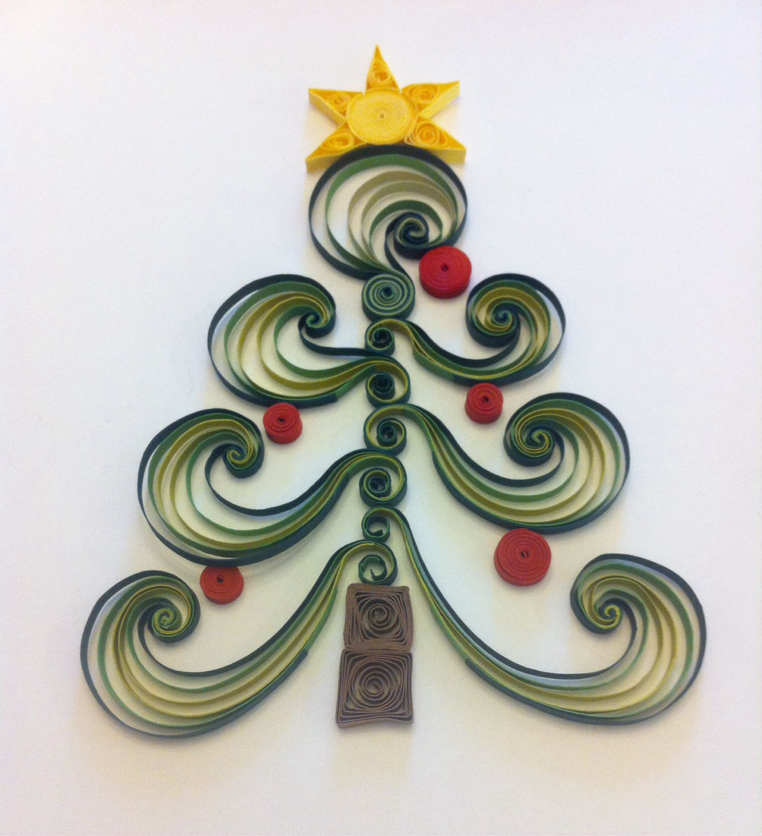 Christmas tree th quilling project quilled cards pinterest