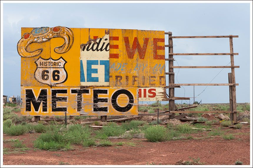 Meteor city billboard (Arizona)