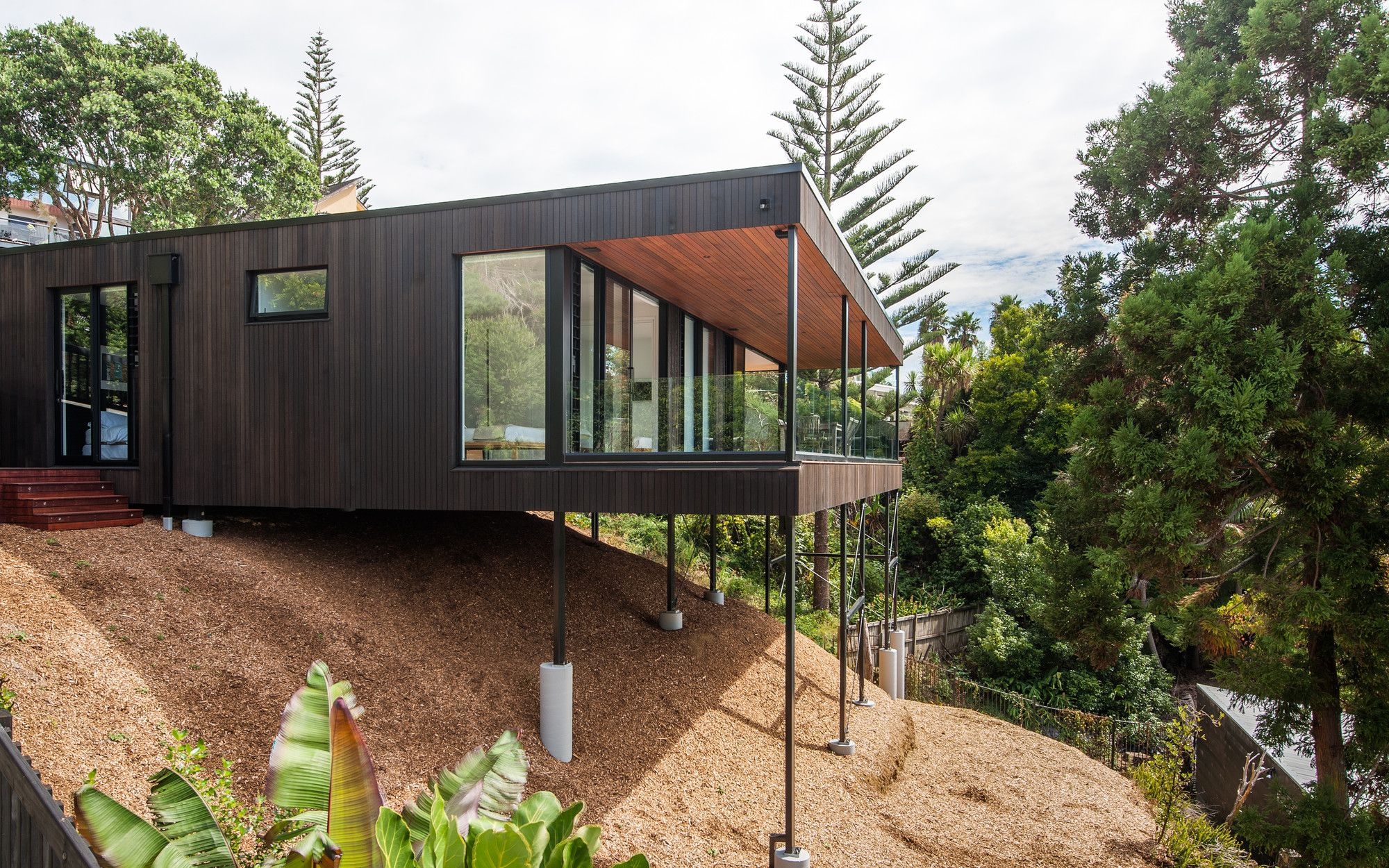Gallery of red architecture wins top new zealand prize for also rh pinterest