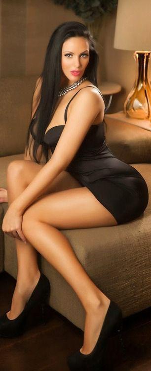 Pin En Chicas Sexy Con Minifaldas