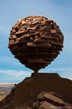 """Résultat de recherche d'images pour """"richard long stone balancing"""""""
