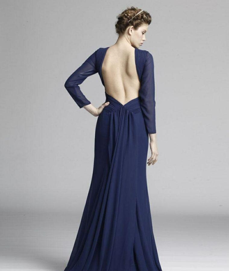 d4aaffeb5d95 Abiti da cerimonia lunghi e un idea di abbigliamento con vestito di colore  blu e