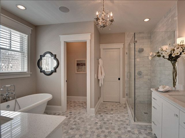 Pin By Veronica Lopez On Home Decor White Master Bathroom Beautiful Bathrooms Traditional Bathroom