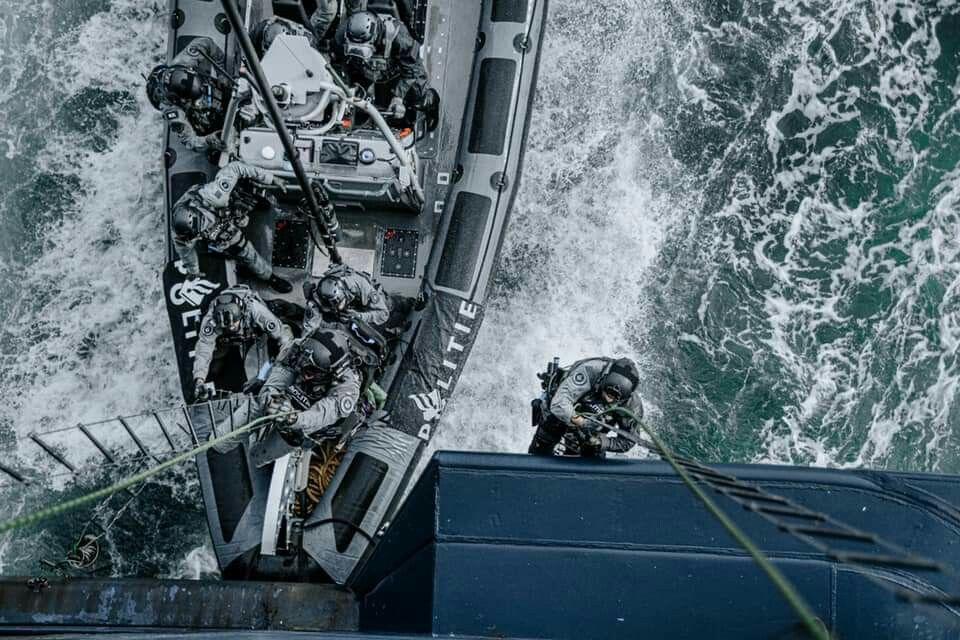 Pin van Alex op Navy in 2020 Marine, Koninklijk, Twitter