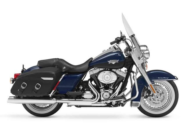 harley+road+king+classic++cross+stitch | 2012 Harley-Davidson Road King Classic vs 2012 Harley-Davidson Street ...