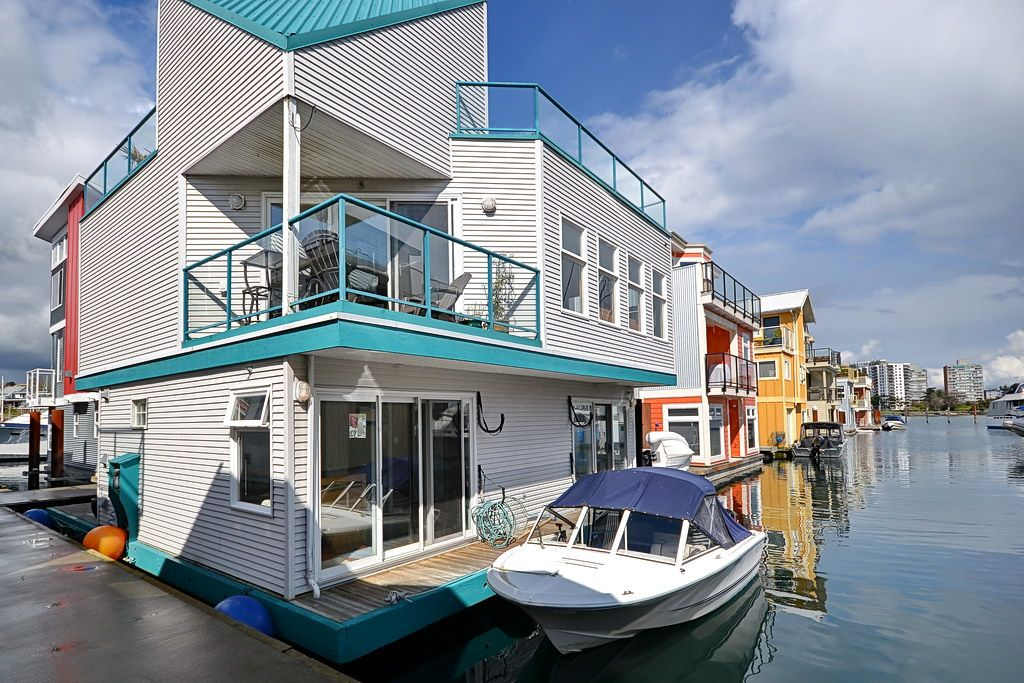 Float Home For Sale At A26 453 Head St In Victoria Bc