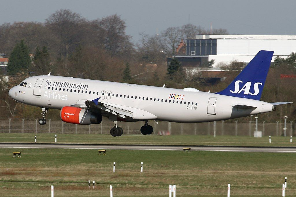 Sas Scandinavian Airlines Airbus A320 232 Oy Kap Viglek Viking At Dusseldorf International Ai Sas Airlines Fleet Airbus