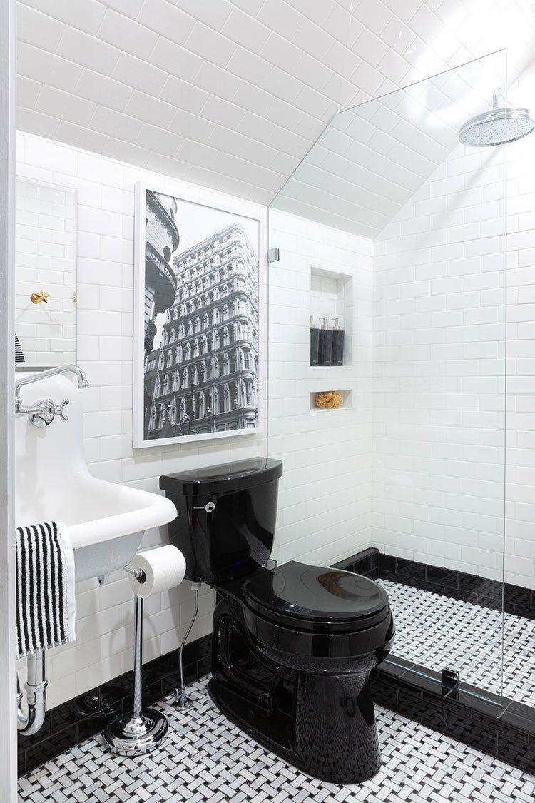 Boys Vs Girls Kids Bathroom Reveal The Makerista Small Bathroom Renovations Small Bathroom Remodel Small Bathroom Renovation