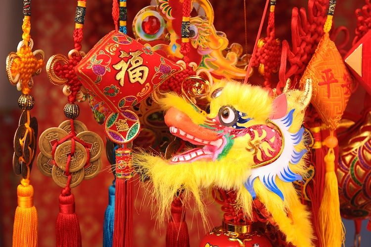 What Is Chinese New Year Unraveling The History Of The Enchanting Festival Chinese New Year Greeting Chinese New Year Traditions New Year Greetings
