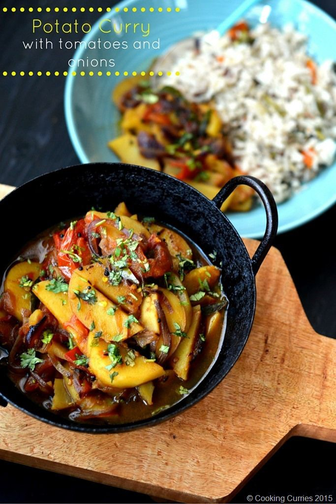 Potato curry with tomatoes and onions cooking curries recipes potato curry with tomatoes and onions a simple indian curry recipe vegetarian vegan gluten free cooking curries forumfinder Images