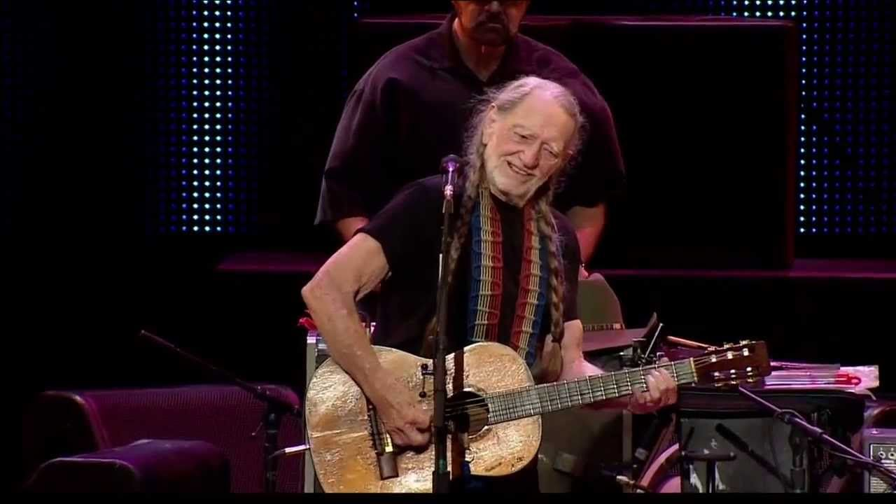 Willie Nelson City Of New Orleans Live At Farm Aid 2013 Willie Nelson New Orleans Music Videos