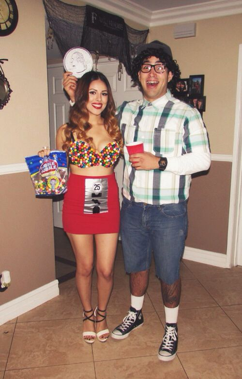 Bubble gum machine and little boy. #halloween #diy #couplescostume ...