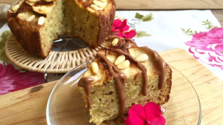 All You Can Eat Gluten Free Apple Cake