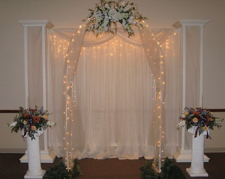 This Is A Guide To Wedding Columns Pedestals And Pillars Using Plinths