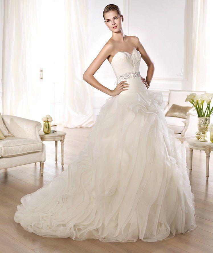 Used Designer Wedding Gowns: Pronovias 'Ordaz' Em 2019