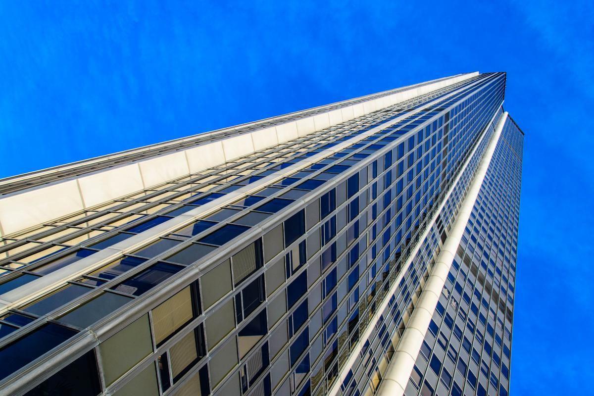 💡 Get this free picture Low Angle View of Office Building Against Blue Sky    ▶ https://avopix.com/photo/66463-low-angle-view-of-office-building-against-blue-sky    #skyscraper #architecture #solar dish #building #city #avopix #free #photos #public #domain
