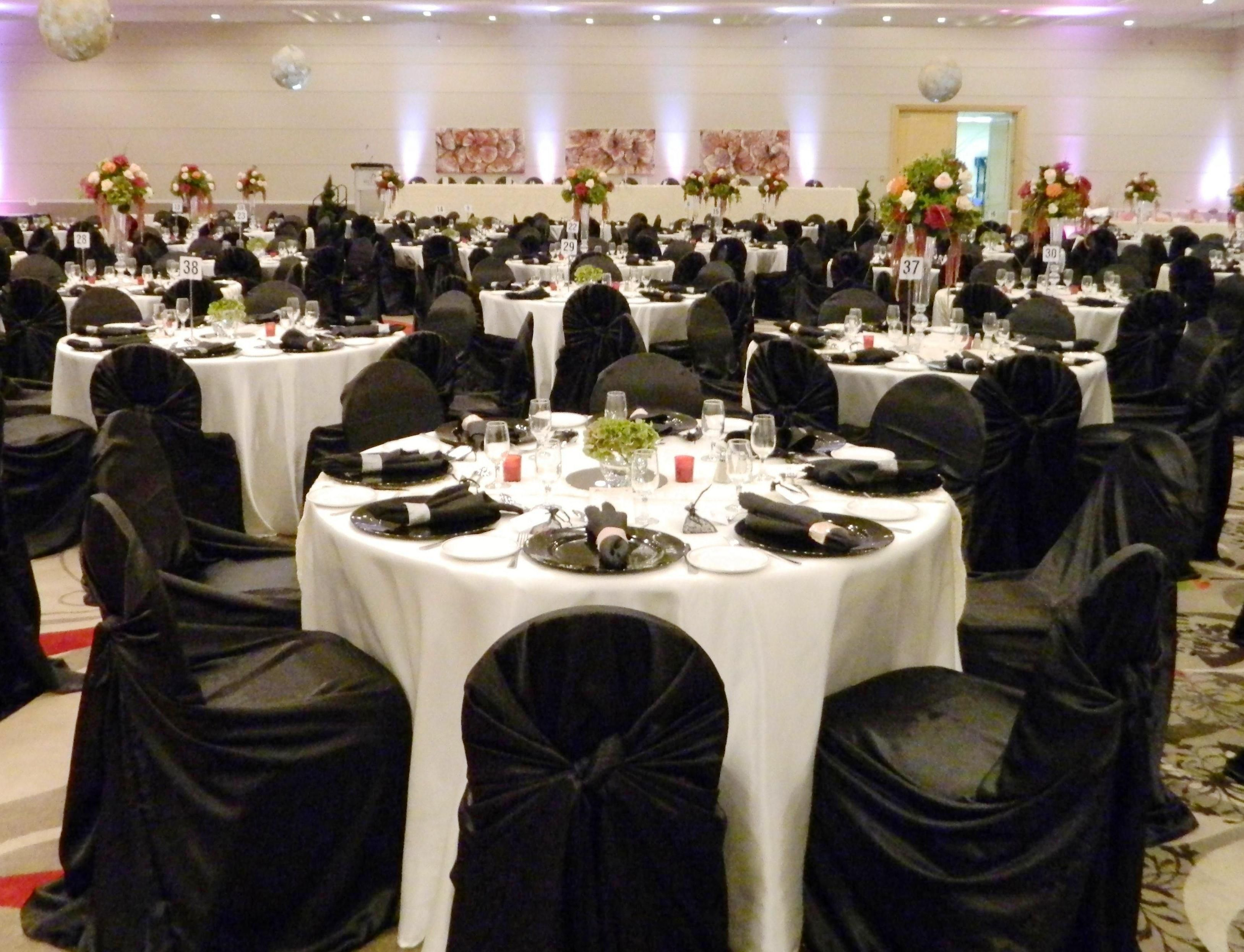 ivory chair covers with gold sash classroom organizer white tablecloths black runner napkins