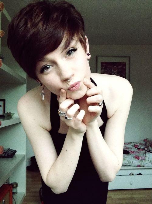 short hair Tumblr Short Haired Girls Pinterest