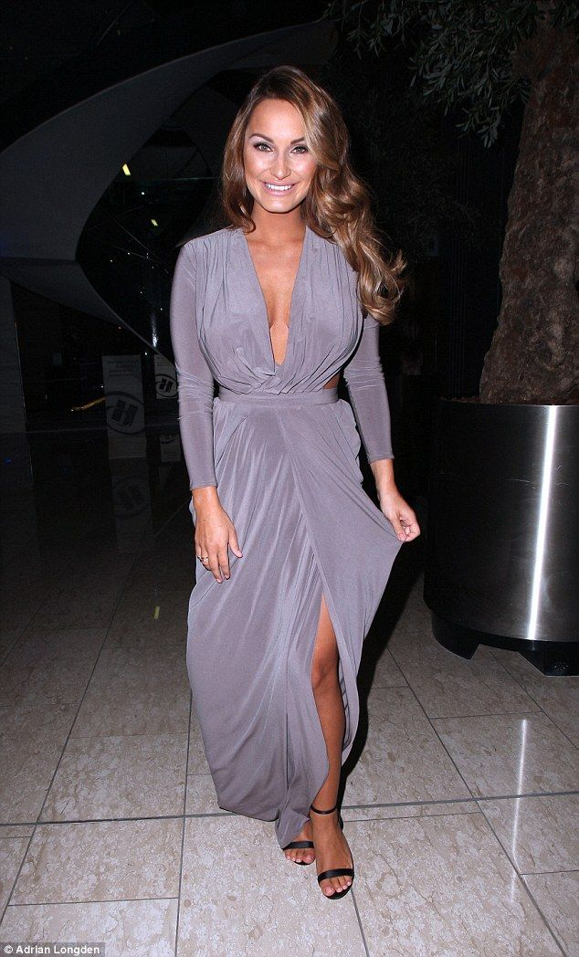 Stunning As Ever Sam Faiers Showed A Hint Of Her Baby Bump When She Attended An Event At Manchesters Hilton Hotel On Monday Night