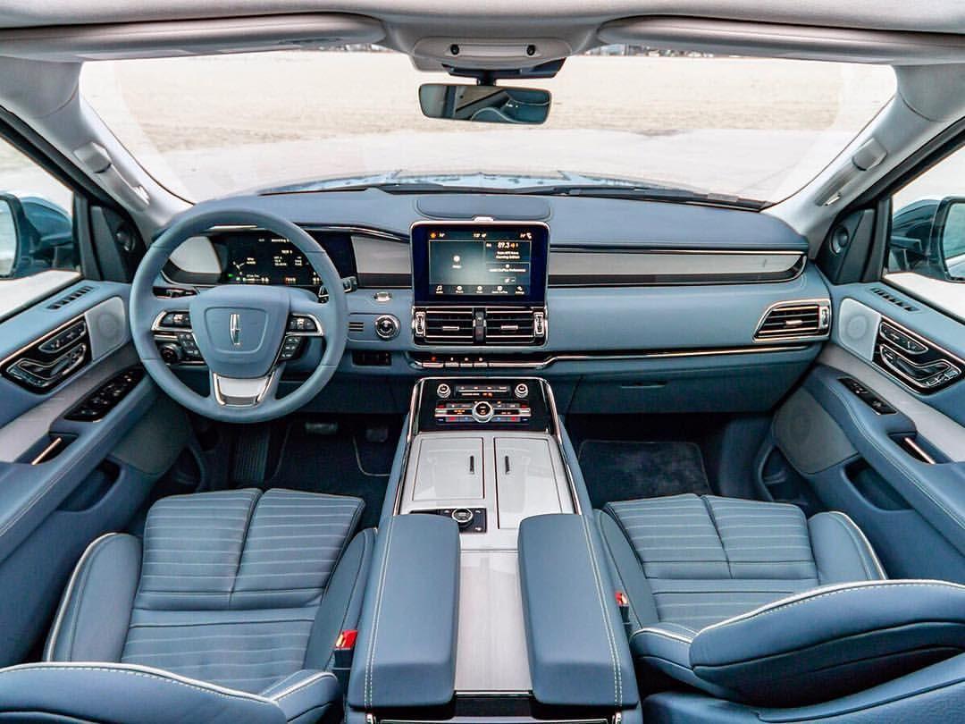 The new 2018 Lincoln Navigator - Kelley Blue Book (@kbb_com) on ...